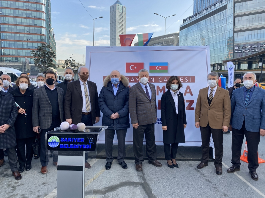 """""""Azerbaijan"""" Avenue Opened in Istanbul's Oldest District"""