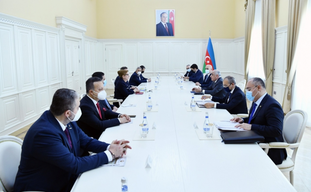 Azerbaijani Prime Minister Meets With Turkish Trade Minister