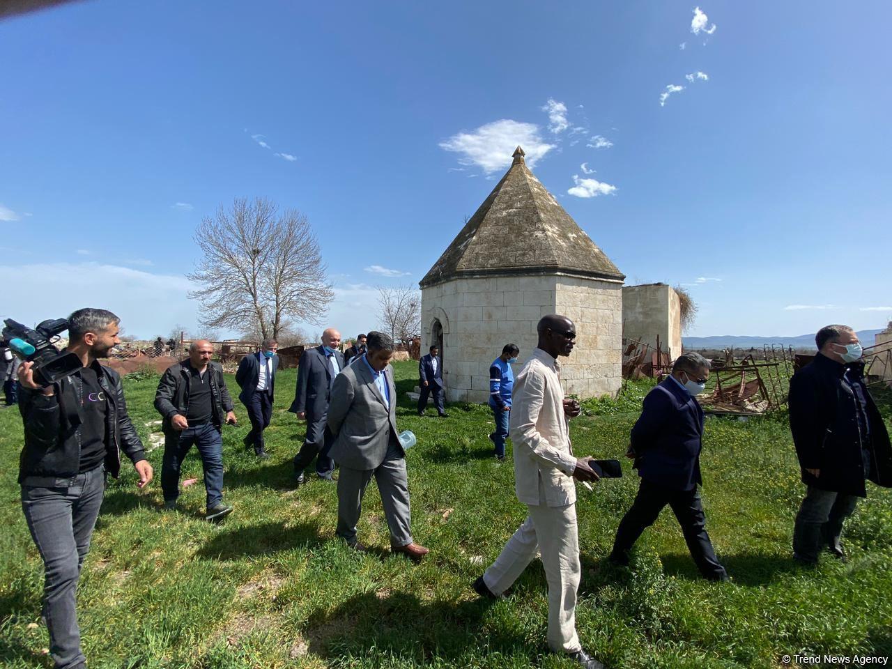 OIC Reps Visit Ibrahim Khalil Khan Palace in Azerbaijan's Aghdam District