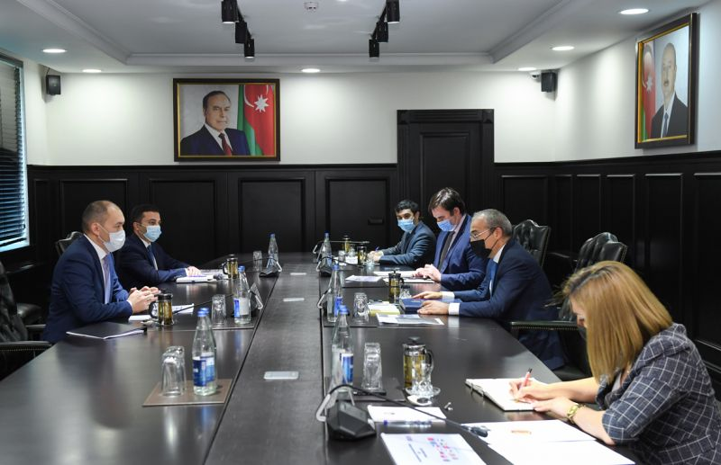 Issues of improving TRACECA's competitiveness discussed in Baku