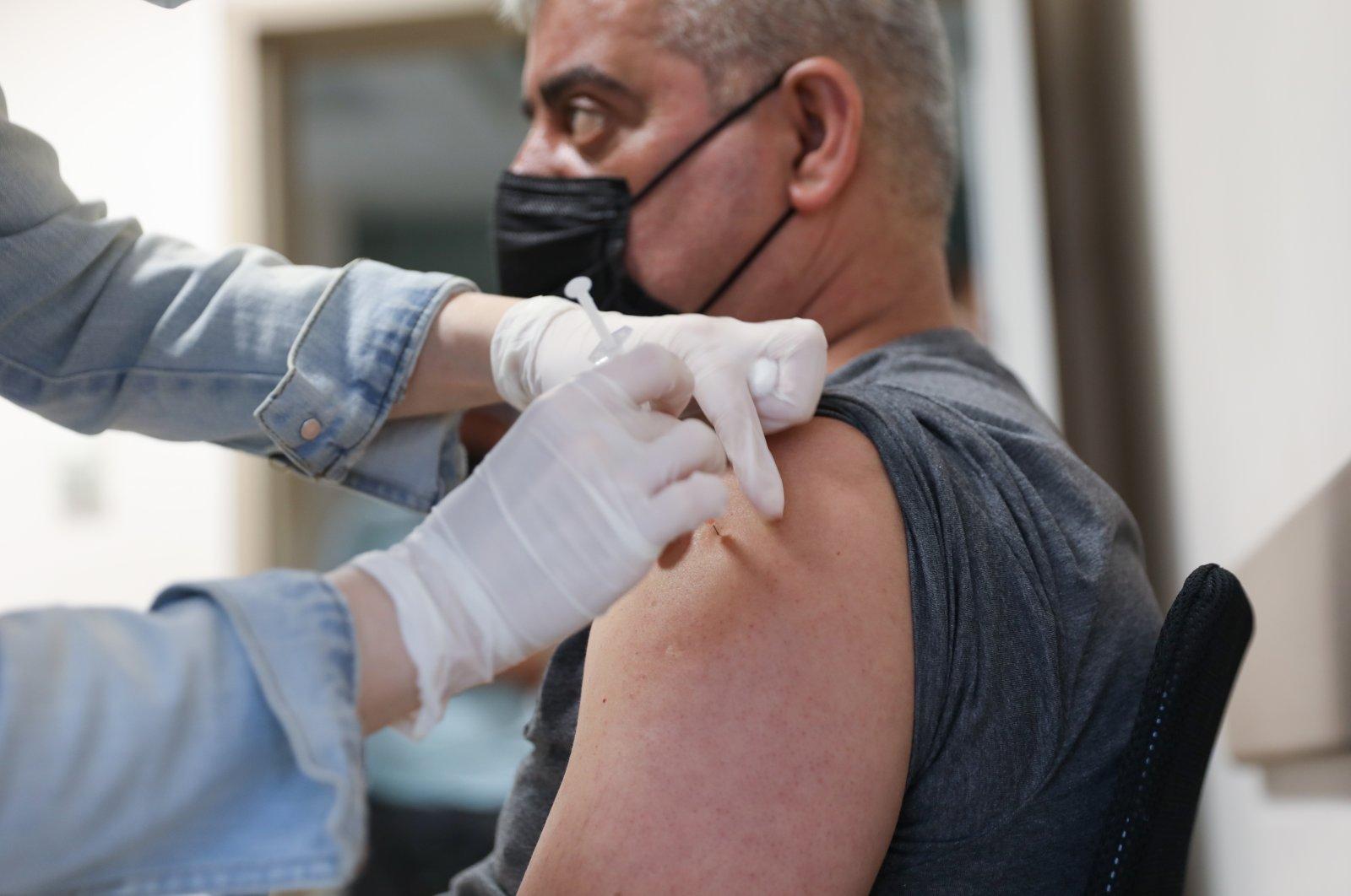 Turkey surpasses 35M coronavirus vaccine shots administered