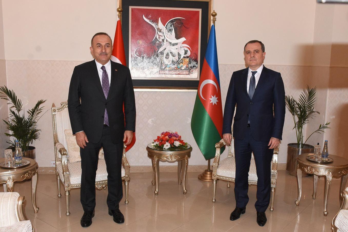 Azerbaijani, Turkish FMs discuss the situation in the region
