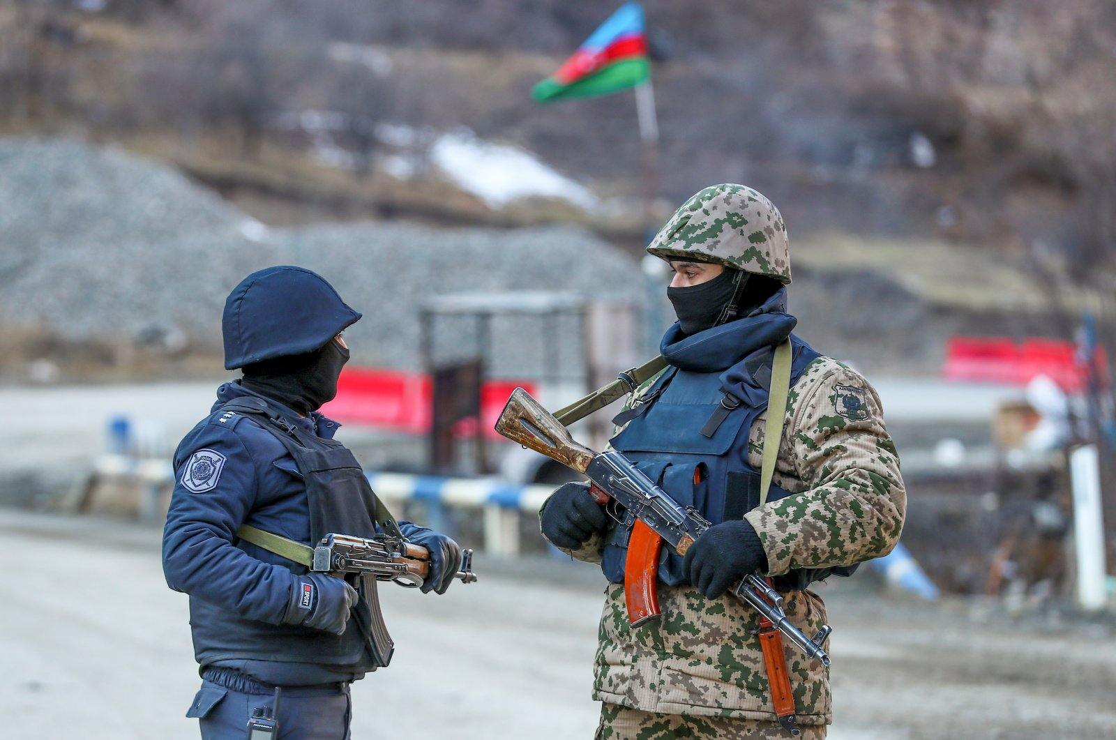 Armenian groups attack Azerbaijani civilian convoy in Karabakh